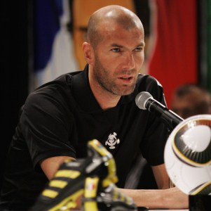 Zidane : Paul Scholes Is Untouchable!