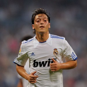 Mesut Ozil Thankful For Support From Real Madrid Fans