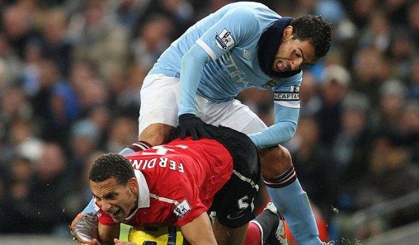 http://totalfootballmadness.com/wp-content/uploads/2010/11/Tevez-Ferdinand-3.jpg