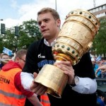 Fan Slaps Manuel Neuer During Celebration