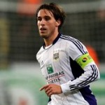Manchester United Challenge Arsenal For Lucas Biglia