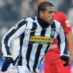 Arsenal Ready To Pounce For Juventus Midfielder Felipe Melo