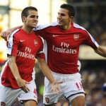 Man Utd hope RvP will convince Fabregas to join the club