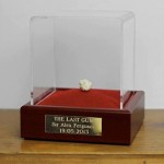 Sir Alex Ferguson's last chewing gum sold for £390,000 on Ebay