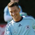 Arsenal Midfielder Mesut Ozil Could Be Playing For Barcelona