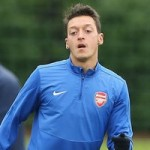 Man Utd Legend Gary Neville Likens Mesut Ozil To Paul Scholes