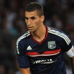 Napoli Closing In On Lyon Midfielder Maxime Gonalons