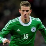 Arsenal Keeping Tabs On Bayer Leverkusen Midfielder Lars Bender