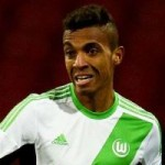 Wolfsburg To Turn Down Arsenal, Barcelona Approach For Luiz Gustavo