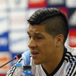 Man Utd To Beat Valencia For Benfica Midfielder Enzo Perez