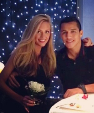 Laia Grassi, Girlfriend Of Alexis Sanchez 5