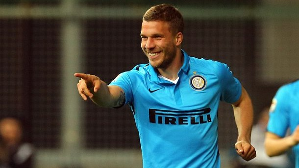 Arsenals Lukas Podolski Keeping His Options Open - Total